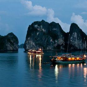 Nam Định - Hạ Long - Tuần Châu 2 Ngày 1 Đêm
